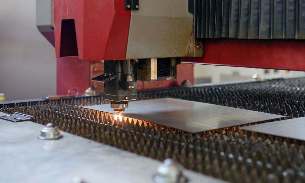 Analysis of the factors affecting the cutting quality of fiber laser cutting machine