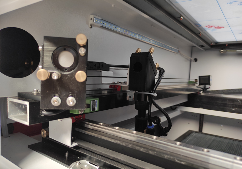 Tips for cleaning laser cutting machine lens